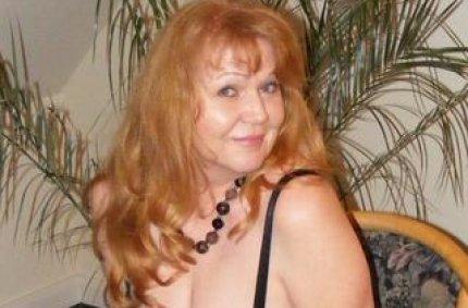 Profil von: DeinFrechesLuder - wachs ruecken, erotik frau